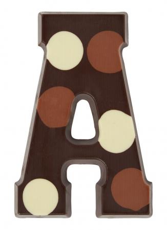 Pure chocoladeletter met stippen