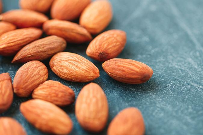 Een handje noten