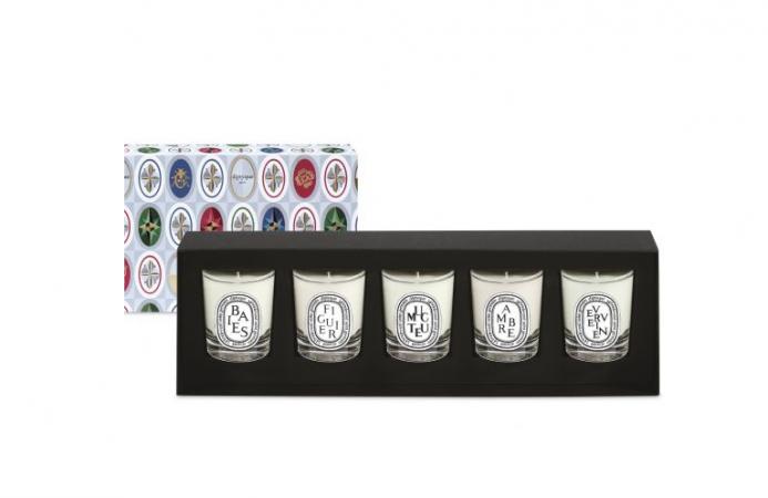 Un coffret de mini bougies parfumées