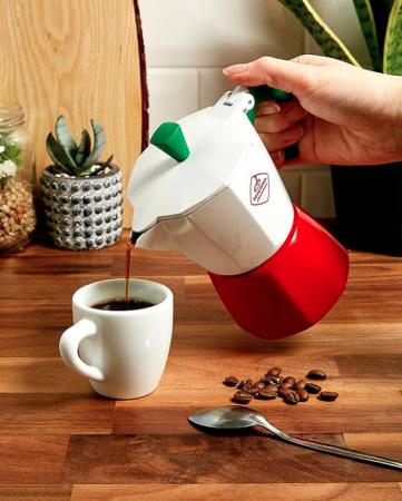 Une machine à café monotasse