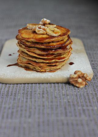 American banana nut pancakes