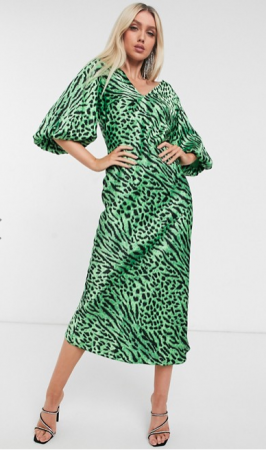 Groene midi-jurk met luipaardmotief