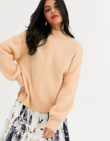Oversized trui met hoge kraag