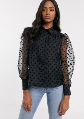 Zwart hemd met pofmouwen en polkadots