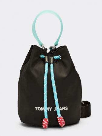 3. Bucket bag