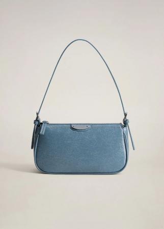 6. Baguette bag