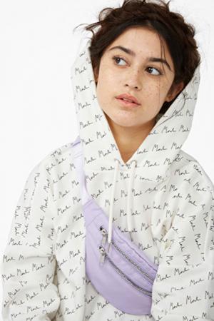 Sweater 'signature'