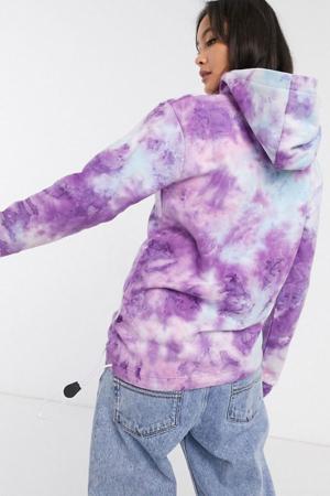 Sweater tie-dye