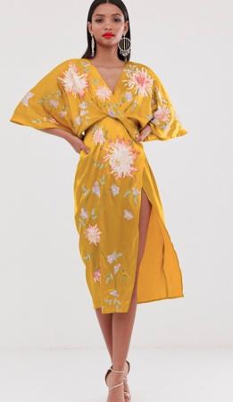 Kleurrijke kimonojurk