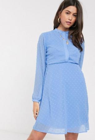 Babyblauwe mini-jurk met lange mouwen