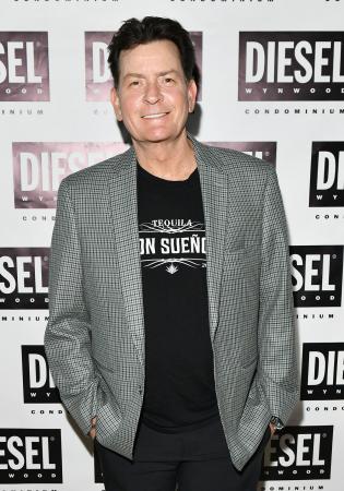 Charlie Sheen alias Carlos Estevez