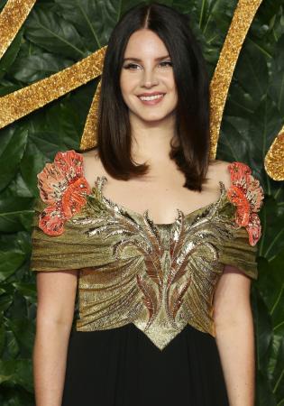 Lana Del Rey alias Elizabeth Woolridge Grant