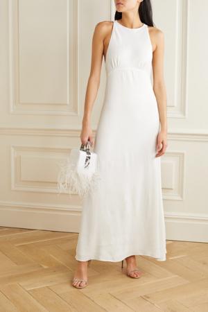 Satijnen maxi-jurk met rugdecolleté