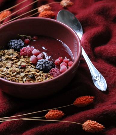 Breakfast bowl met framboos