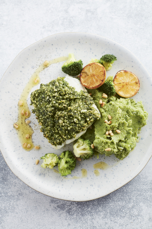 Kabeljauw met pestokorst en broccolistoemp