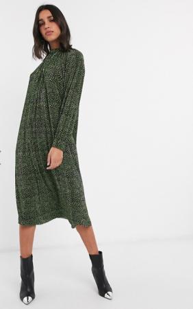 Zwart midi-jurk met lange mouwen en groene stippen