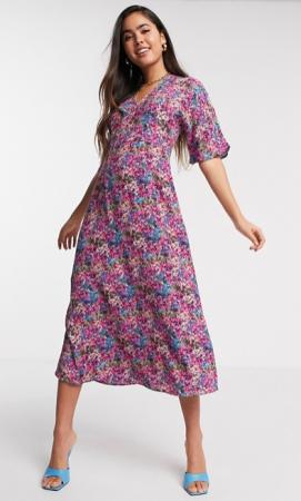 Midi-jurk met korte mouwen en roze bloemenprint