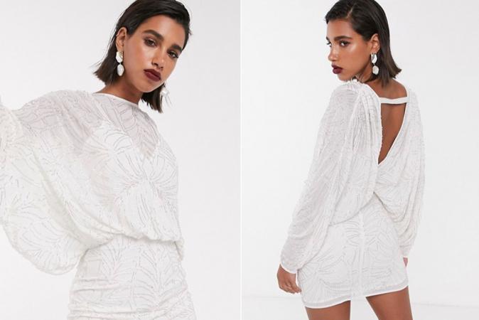 Witte mini-jurk met vleermuismouwen en pailletten
