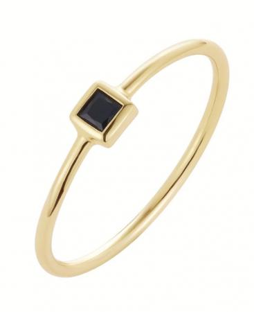 Gouden ring met zwarte steen