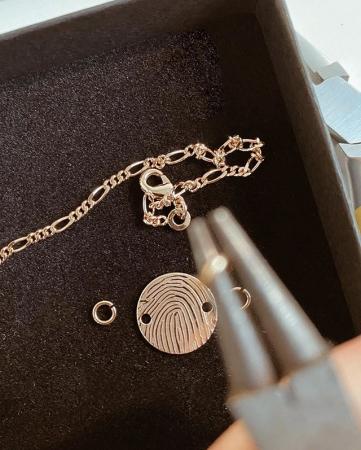Un bijou «empreinte» by Huella Jewelry