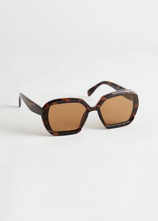 De retro zonnebril
