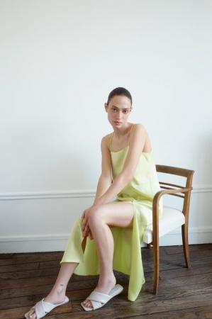 7. Minimalistische jurken