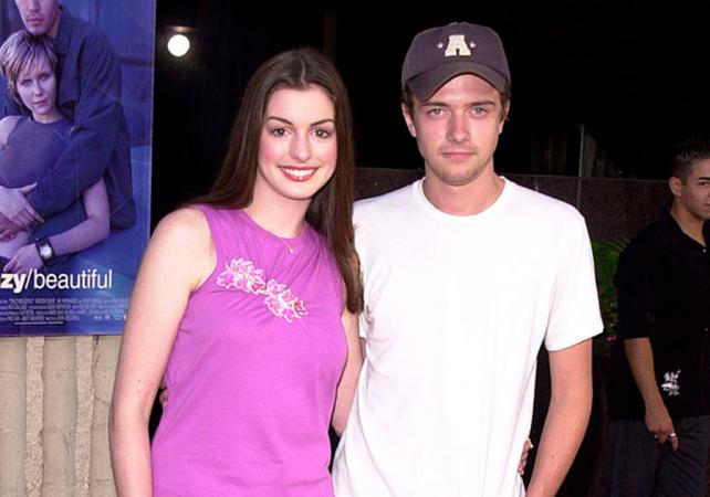 Anne Hathaway en Topher Grace
