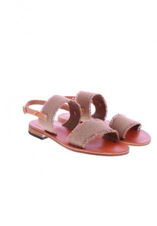 Sandaal met raffia
