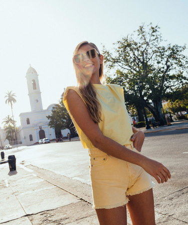 Team Flair werd smoorverliefd op het Cubaanse stadje Cienfuegos, de kleurrijke locatie van onze modeshoot in Flair deze week.