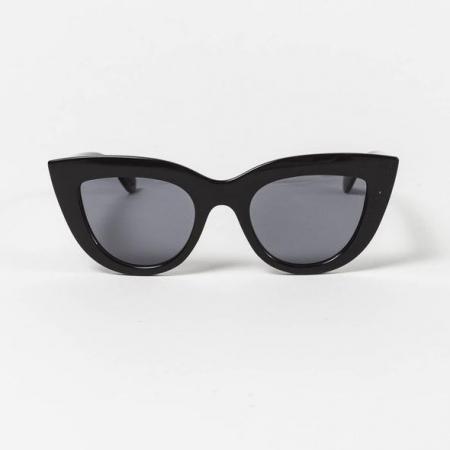 Vlindervormige zonnebril