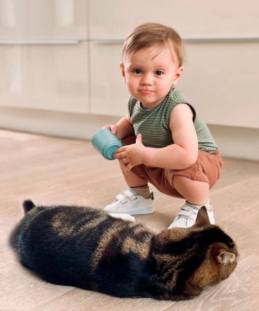 Galileo, zoontje van chef repo Elisabeth, zette niet alleen zijn eerste stapjes tout court, maar ook zijn eerste stapjes als fotomodel.