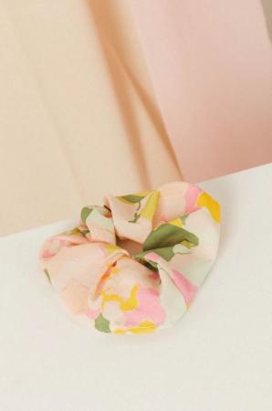 Fleurige scrunchie