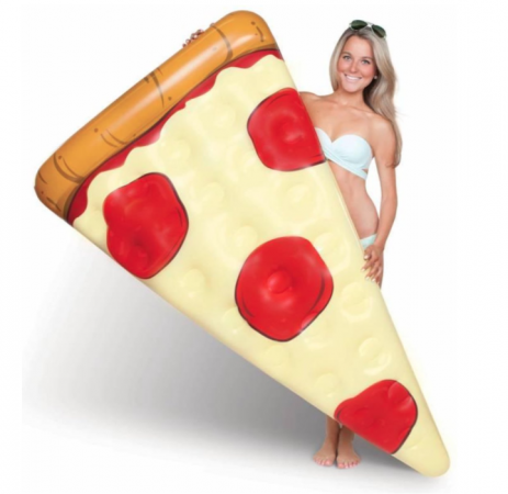 Pool float in de vorm van een pizzapunt