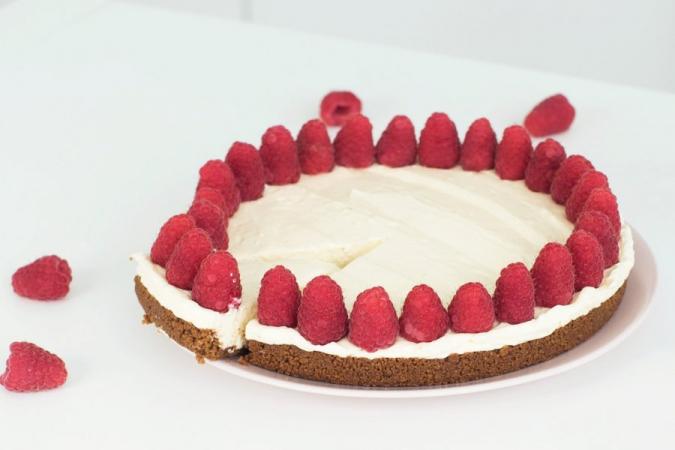 wittechocoladecheesecake met bastognebodem