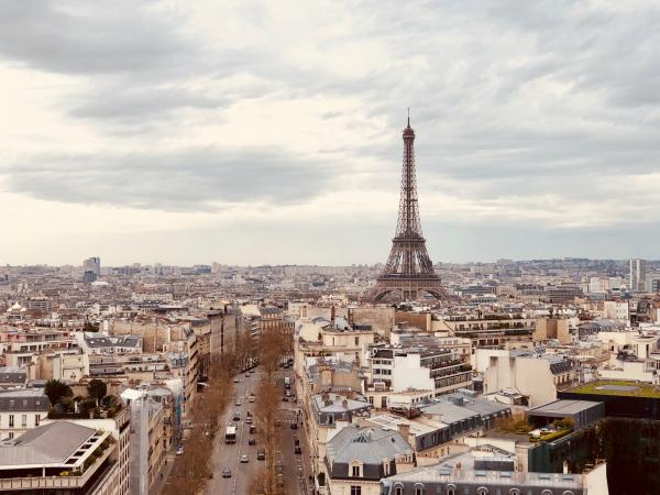 2. Parijs