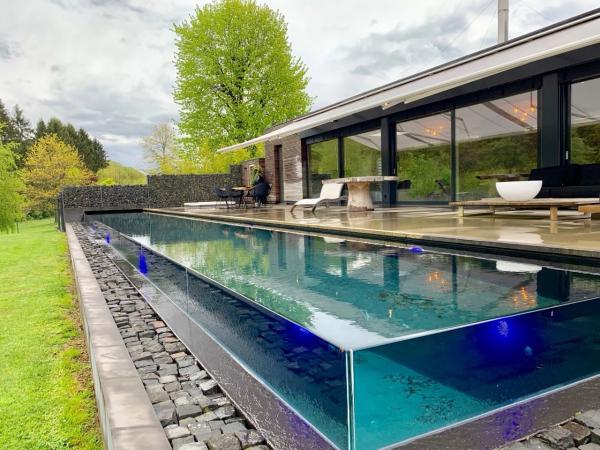 Moderne woning met buitenzwembad en sauna in Spa (Wallonië)