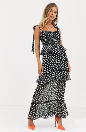 Zwarte maxi-jurk met polkadots en ruches