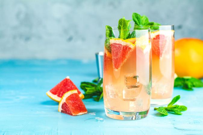 Rosépunch met citrusvruchten