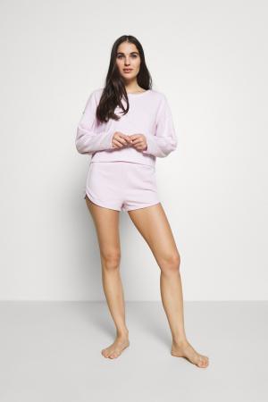Pyjamatop met lange mouwen en short