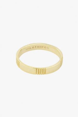 Gouden ring met groeven