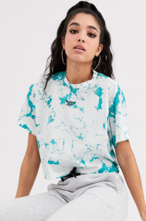 T-shirt met turkoois-witte tie-dye