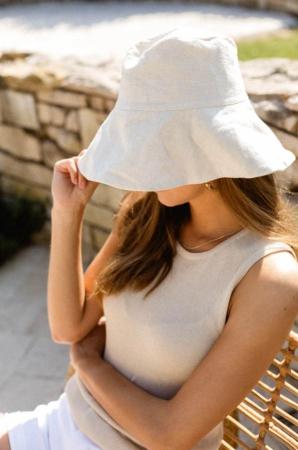 Witte bucket hat
