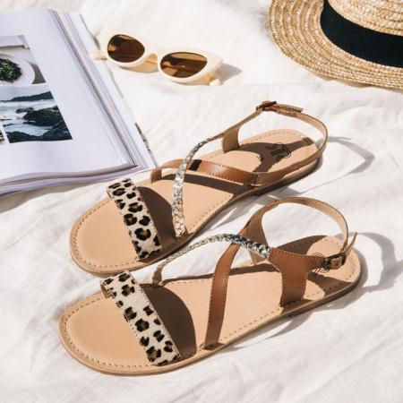 Bruine sandalen met luipaardprint