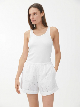 Witte short met broderie anglaise