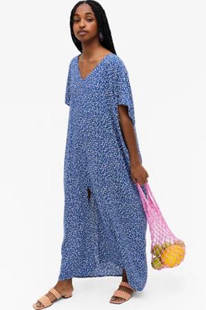 Blauwe jurk met bloemetjes