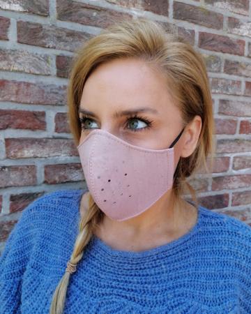 Roze mondmasker uit kurk
