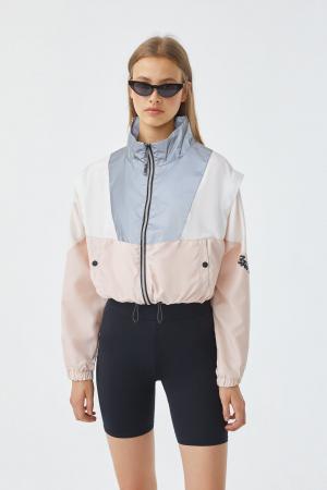 En mode sportswear