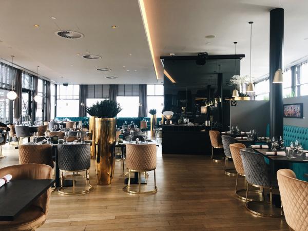 Le restaurant del'hôtel Van Der Valk Sélys