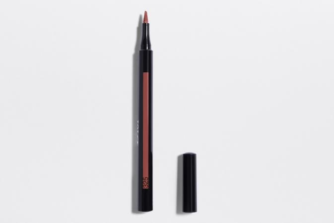 Le Rouge Dior Ink Lip Liner dans la couleur Tender 325