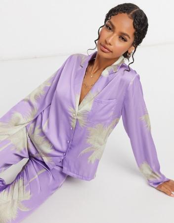 Lila pyjama met opdruk
